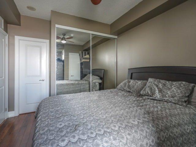 Condo Apartment at 100 John St, Unit 1001, Brampton, Ontario. Image 10
