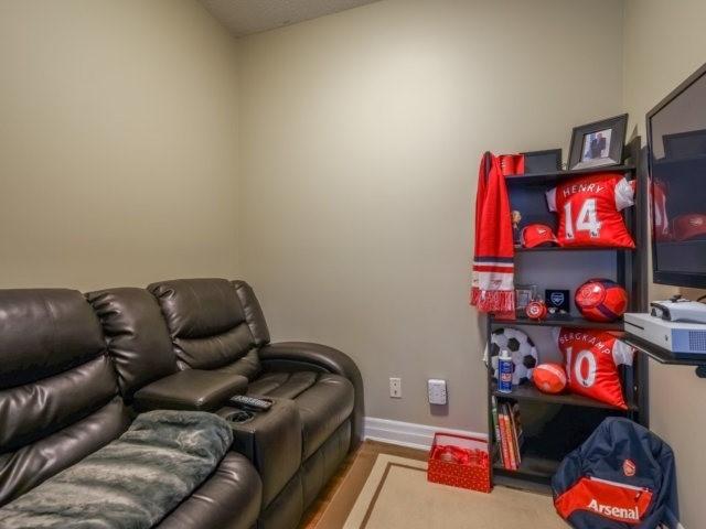 Condo Apartment at 100 John St, Unit 1001, Brampton, Ontario. Image 11