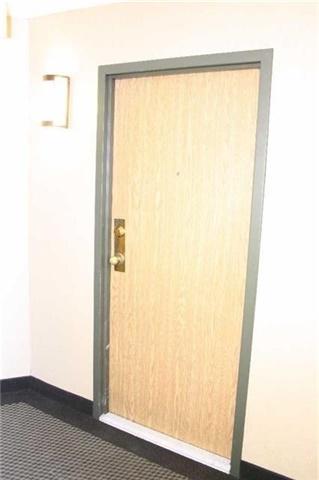 Condo Apartment at 4205 Shipp Dr, Unit 2502, Mississauga, Ontario. Image 12
