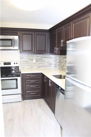 Condo Apartment at 4205 Shipp Dr, Unit 2502, Mississauga, Ontario. Image 17