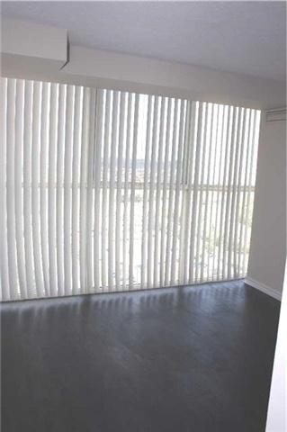 Condo Apartment at 4205 Shipp Dr, Unit 2502, Mississauga, Ontario. Image 3
