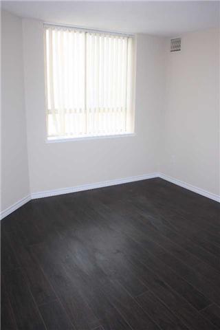Condo Apartment at 4205 Shipp Dr, Unit 2502, Mississauga, Ontario. Image 8