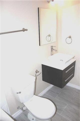 Condo Apartment at 4205 Shipp Dr, Unit 2502, Mississauga, Ontario. Image 13