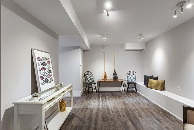 Detached at 53 Pearson Ave, Toronto, Ontario. Image 9