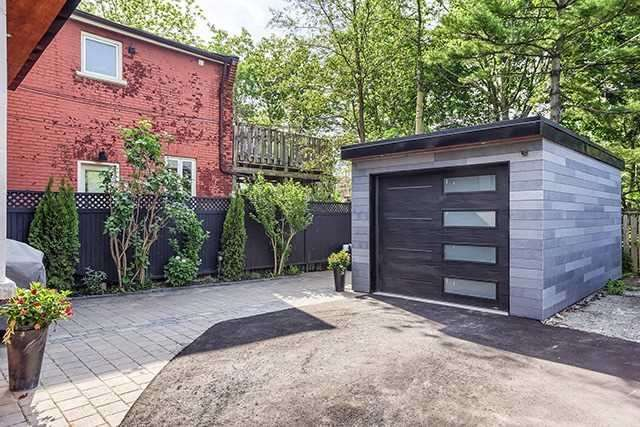 Detached at 53 Pearson Ave, Toronto, Ontario. Image 10