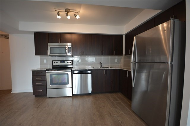 Condo Apartment at 1410 Dupont St, Unit 1609, Toronto, Ontario. Image 3