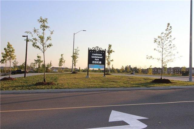 Townhouse at 34 Dufay Rd, Brampton, Ontario. Image 10