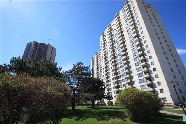 Condo Apartment at 390 Dixon Rd, Unit 1101, Toronto, Ontario. Image 9