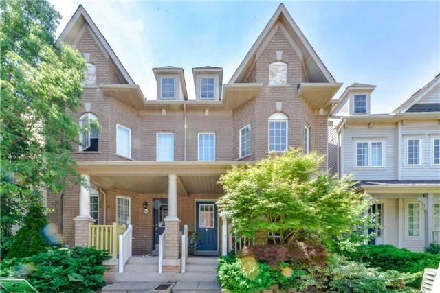 Semi-detached at 102 Roxton Rd, Oakville, Ontario. Image 1