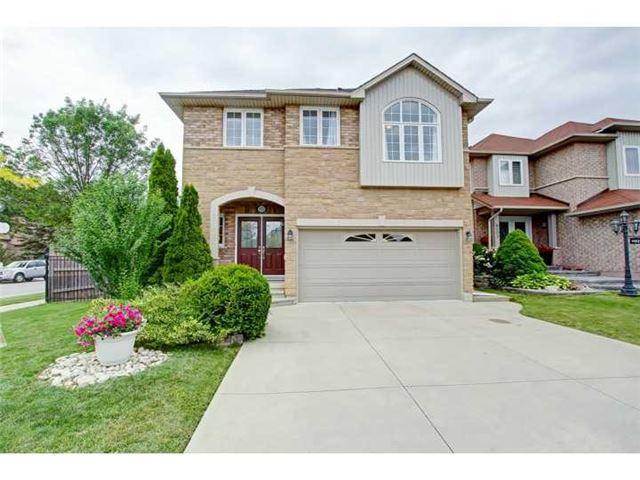 Detached at 4101 Pincay Oaks Lane, Burlington, Ontario. Image 1