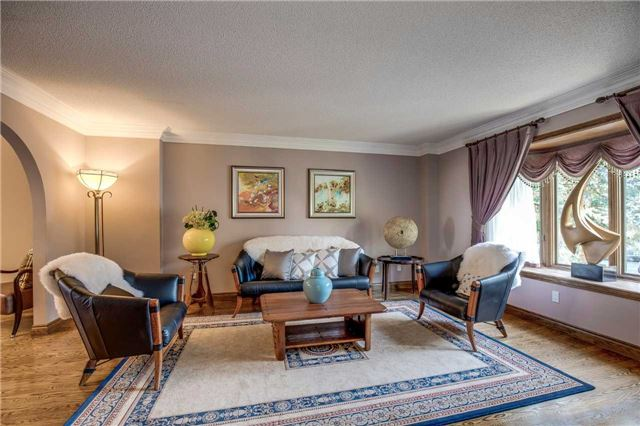 Detached at 496 Richey Cres, Mississauga, Ontario. Image 15