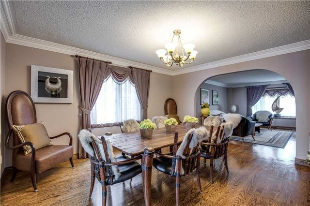 Detached at 496 Richey Cres, Mississauga, Ontario. Image 17