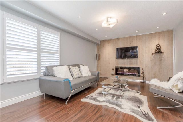 Detached at 141 Ceremonial Dr, Mississauga, Ontario. Image 17