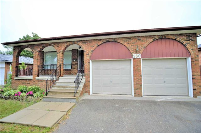 Detached at 560 Cullen Ave, Mississauga, Ontario. Image 1