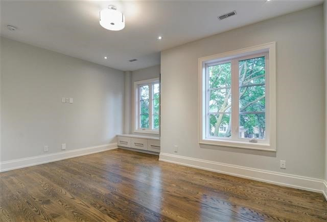 Detached at 168 Brentwood Rd N, Toronto, Ontario. Image 7