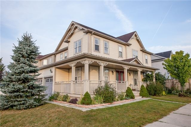 Detached at 60 Tanners Dr, Halton Hills, Ontario. Image 1