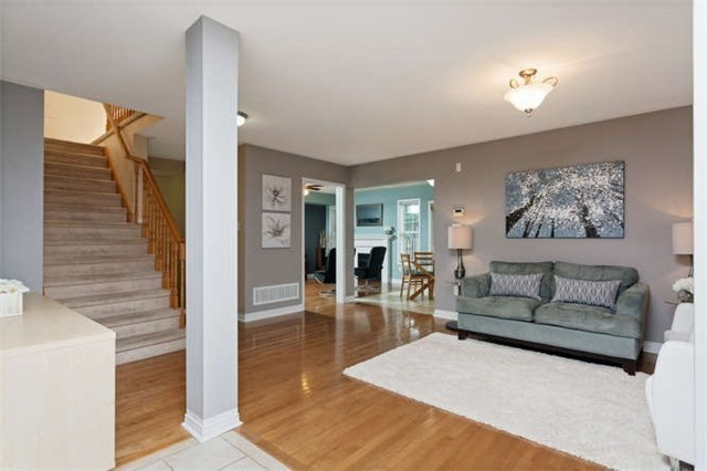 Detached at 60 Tanners Dr, Halton Hills, Ontario. Image 11