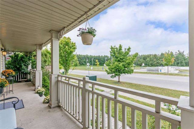Detached at 60 Tanners Dr, Halton Hills, Ontario. Image 8
