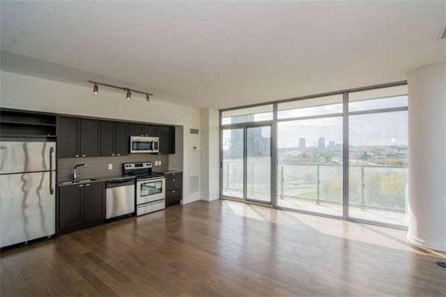 Condo Apartment at 105 The Queensway Ave, Unit 810, Toronto, Ontario. Image 8