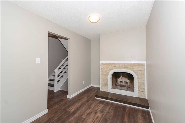 Detached at 717 Woodward Ave, Milton, Ontario. Image 15