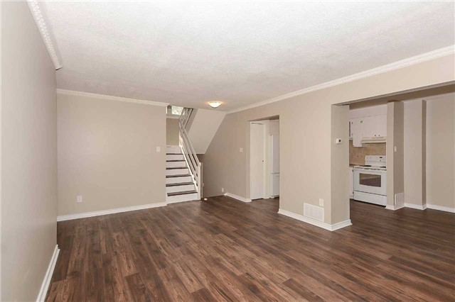 Detached at 717 Woodward Ave, Milton, Ontario. Image 18