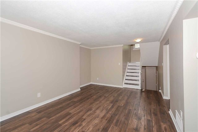Detached at 717 Woodward Ave, Milton, Ontario. Image 19