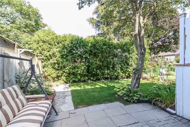 Detached at 717 Woodward Ave, Milton, Ontario. Image 10