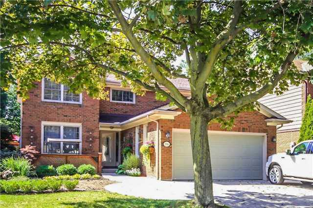 Detached at 396 Bronte Rd, Oakville, Ontario. Image 1