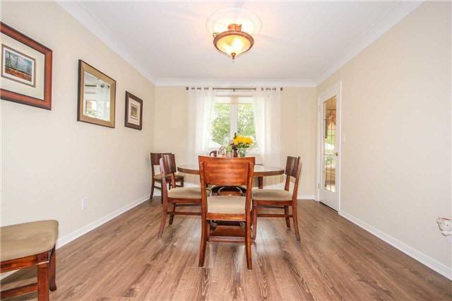 Detached at 396 Bronte Rd, Oakville, Ontario. Image 12