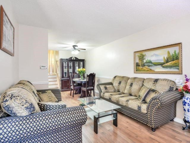 Semi-detached at 75 Marblehead Cres, Brampton, Ontario. Image 14