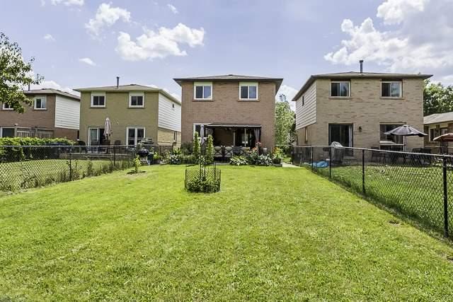 Detached at 182 Martindale Cres, Brampton, Ontario. Image 10