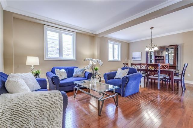 Detached at 2193 Whitworth Dr, Oakville, Ontario. Image 14