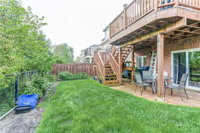 Detached at 2193 Whitworth Dr, Oakville, Ontario. Image 13