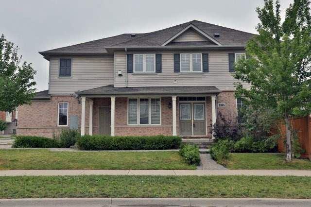 Townhouse at 3335 Stalybridge Dr, Oakville, Ontario. Image 14