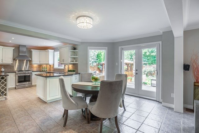 Detached at 1256 Old Colony Rd, Oakville, Ontario. Image 2