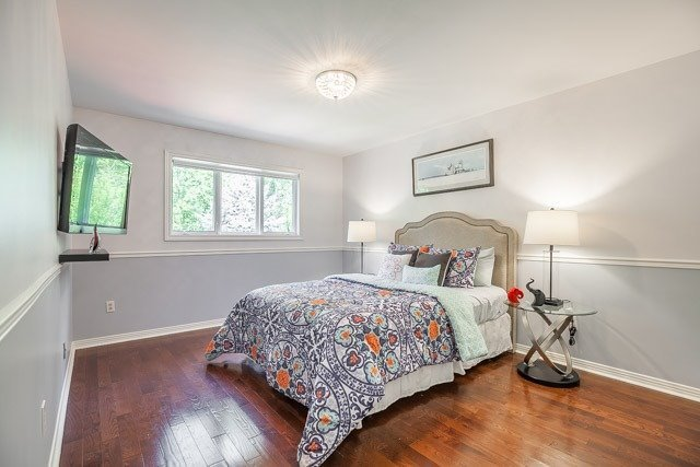 Detached at 1256 Old Colony Rd, Oakville, Ontario. Image 8