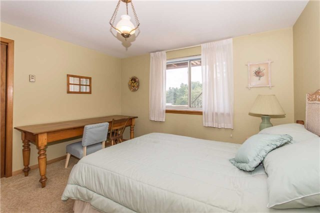 Detached at 17509 Mountainview Rd N, Caledon, Ontario. Image 3