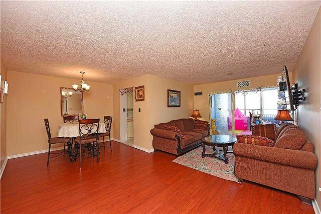 Condo Apartment at 30 Malta Ave, Unit 2110, Brampton, Ontario. Image 12