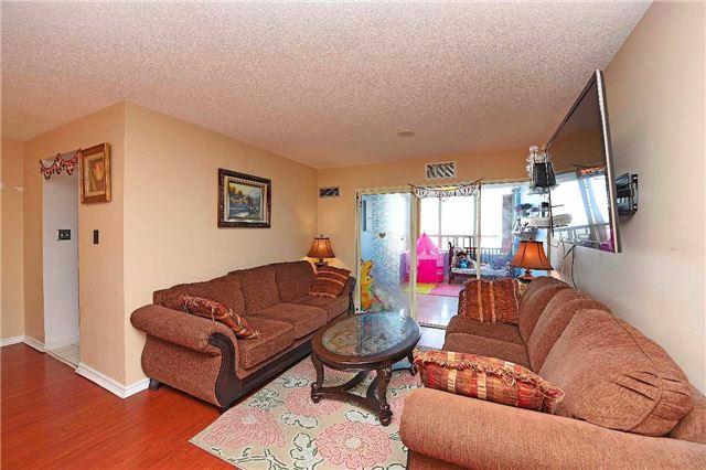 Condo Apartment at 30 Malta Ave, Unit 2110, Brampton, Ontario. Image 14