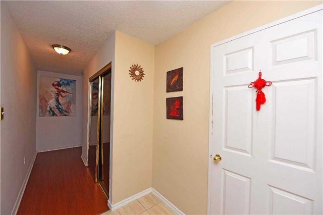 Condo Apartment at 30 Malta Ave, Unit 2110, Brampton, Ontario. Image 17