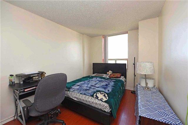 Condo Apartment at 30 Malta Ave, Unit 2110, Brampton, Ontario. Image 2