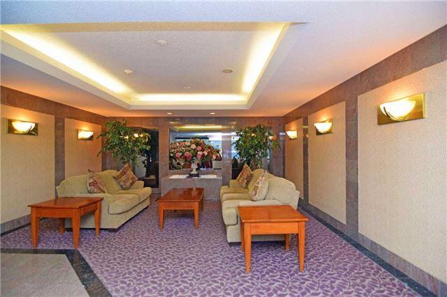 Condo Apartment at 30 Malta Ave, Unit 2110, Brampton, Ontario. Image 7