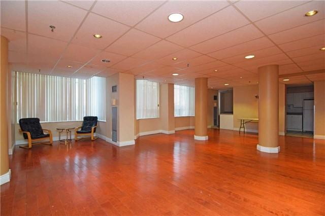 Condo Apartment at 30 Malta Ave, Unit 2110, Brampton, Ontario. Image 8