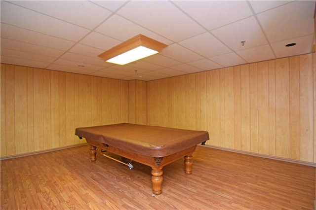 Condo Apartment at 30 Malta Ave, Unit 2110, Brampton, Ontario. Image 10