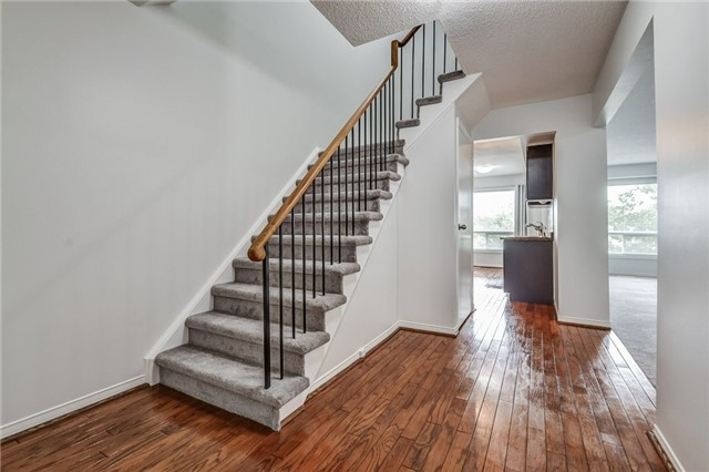 Condo Townhouse at 1176 Kelsey Crt, Unit 15, Oakville, Ontario. Image 16