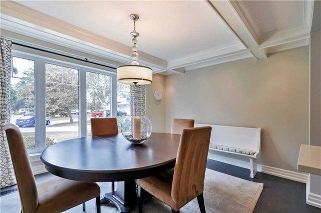 Detached at 215 Weybourne Rd, Oakville, Ontario. Image 15