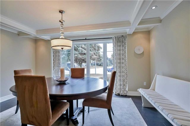Detached at 215 Weybourne Rd, Oakville, Ontario. Image 16