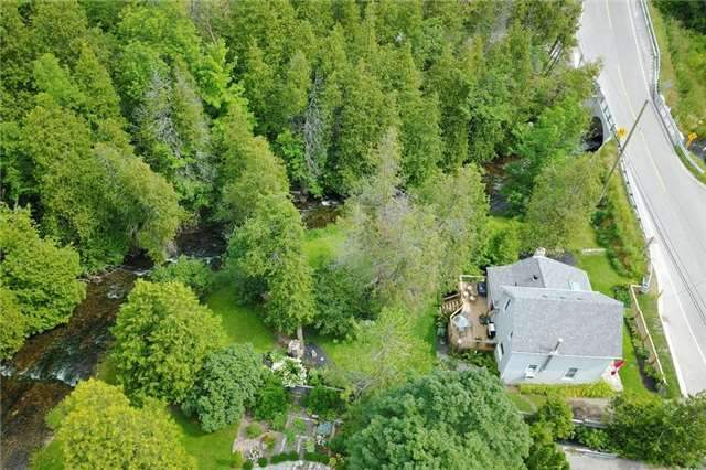 Detached at 812 Forks Of The Credit Rd, Caledon, Ontario. Image 1