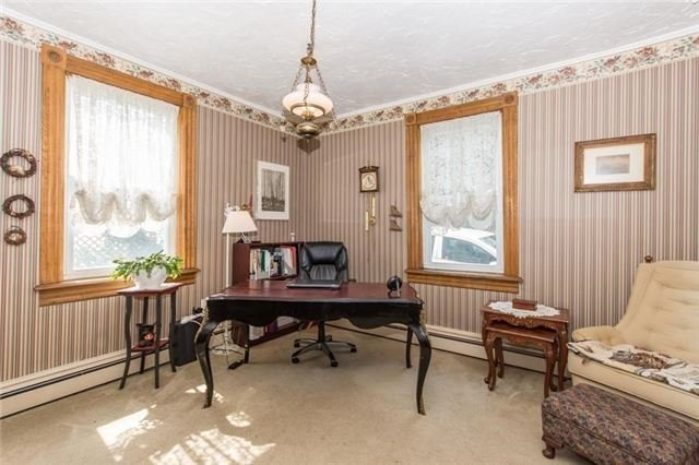 Detached at 812 Forks Of The Credit Rd, Caledon, Ontario. Image 5