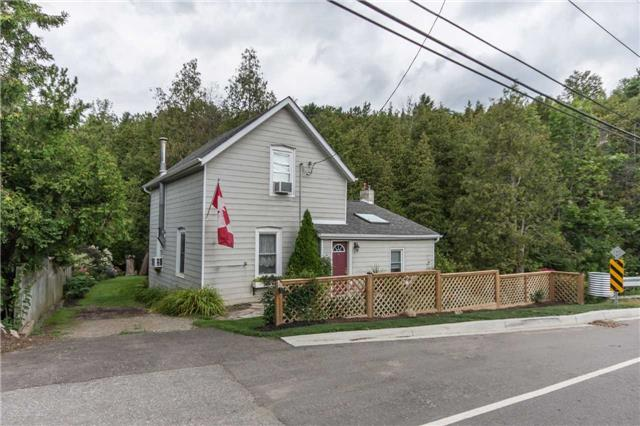 Detached at 812 Forks Of The Credit Rd, Caledon, Ontario. Image 13